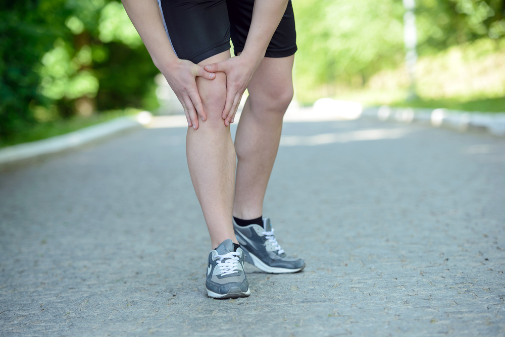 Early Sports Injury Treatment: How to Avoid the HARM Factors
